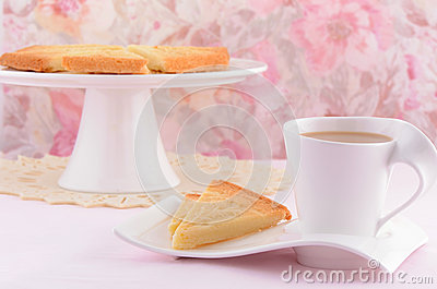Scottish shortbread with tea