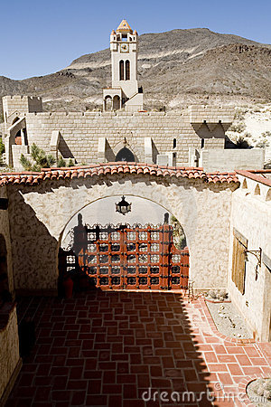 Free Scotty S Castle, Death Valley Royalty Free Stock Images - 2221589