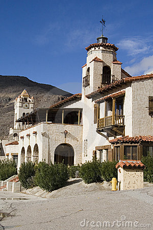 Free Scotty S Castle Winter Time Stock Photo - 6501370