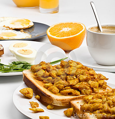 Free Scrambled Eggs On Toast With Coffee Royalty Free Stock Photo - 7791495
