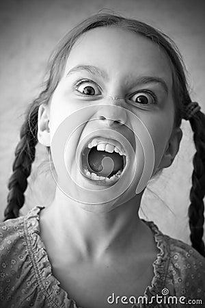 девушка screaming