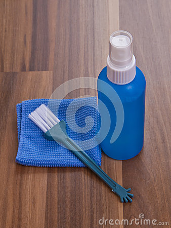 Screen cleaner and microfiber cloth.