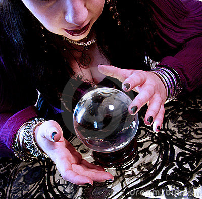 Free Scrying Royalty Free Stock Photo - 143645