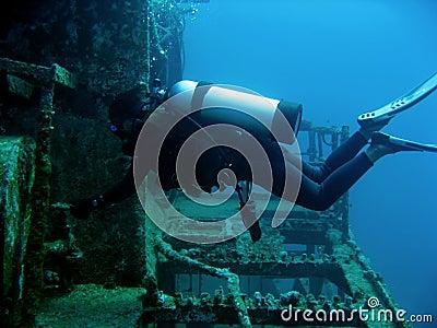 scuba diver on wreck boracay philippines