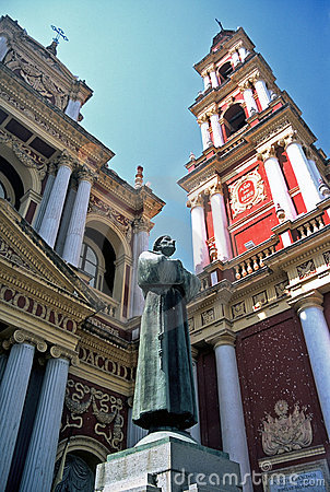 Free Sculpture And Church,Salta,Argentina Royalty Free Stock Images - 8594509