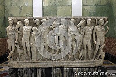 Sculpture about Hippolytus myth
