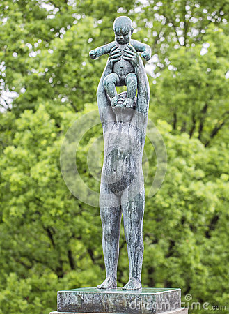 Free Sculpture In Vigeland Park Oslo. Norway. Royalty Free Stock Images - 59256099