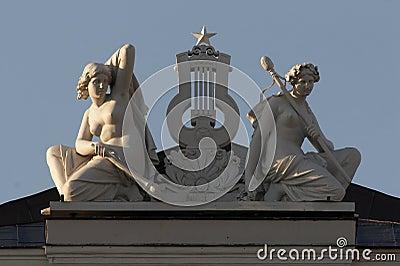 Sculpture, muse