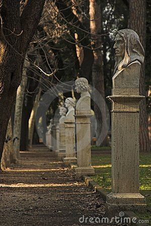 Free Sculpture Park In Rome Royalty Free Stock Photography - 870497