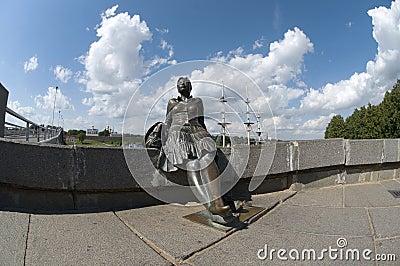 Sculpture A tired tourist