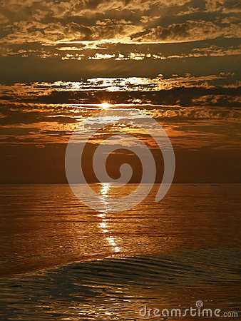 Free Sea And Waves In Sunset Stock Photos - 25800293