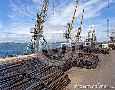 Sea cargo transportations