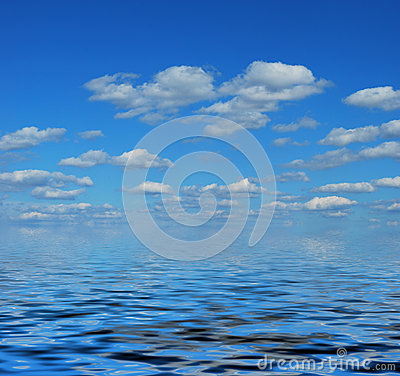 Sea with cloudy sky