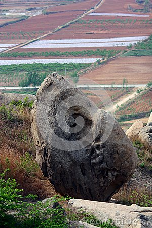 Sea corrode Stone