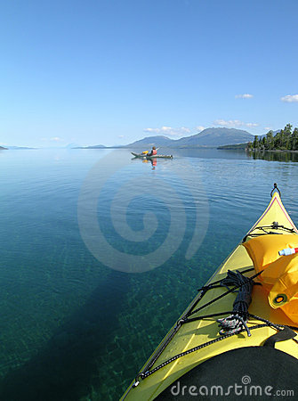 Free Sea Kayak Tour Royalty Free Stock Image - 534586