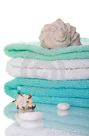 Sea shells and towels