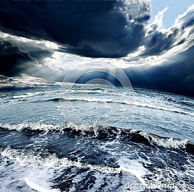 Free Sea Storm Royalty Free Stock Photos - 38996468