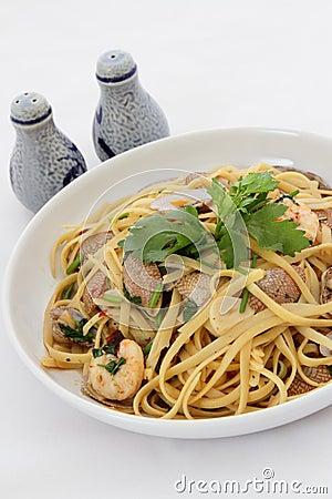 Free Seafood Pasta Royalty Free Stock Photo - 22025745