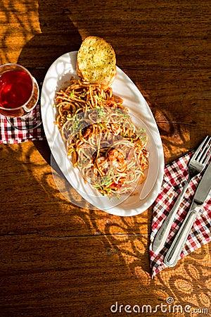 Free Seafood Pasta Stock Photo - 41109320