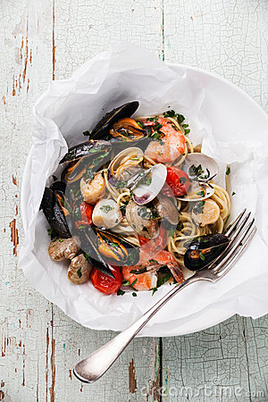 Free Seafood Pasta Stock Photography - 54632252