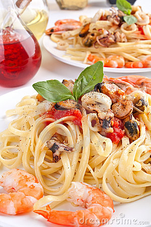 Free Seafood Pasta Stock Images - 9327124