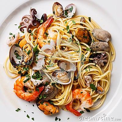Free Seafood Pasta Close Up Royalty Free Stock Image - 74512696