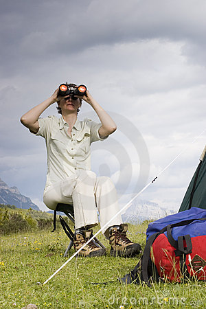 Searching with field glasses
