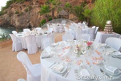 Seaside wedding banquet