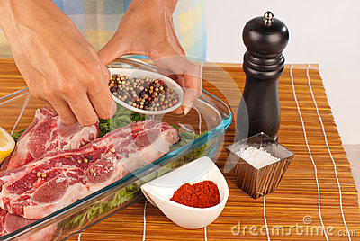 Seasoning with pepper