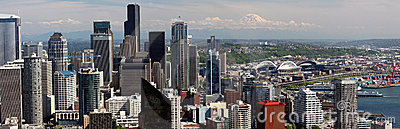 Seattle - Panoramic View of downtown, Mt. Rainier Editorial Image