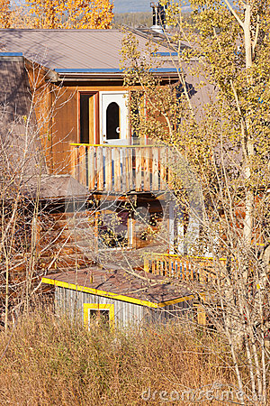 Secret hidden timber house balcony architecture
