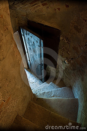 Secret entry passage