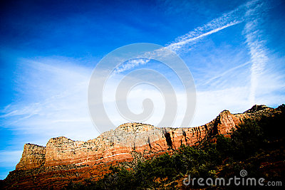 Sedona Red rocks with flat clouds