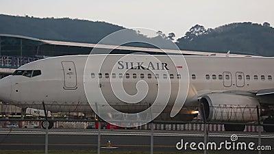SeideAir Boeing 737 Rolling stock footage