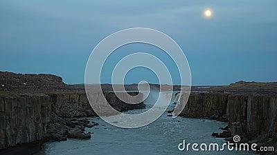 Selfoss waterval en volle maan IJsland stock videobeelden
