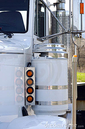 Free Semi Truck Detail Stock Photography - 687272