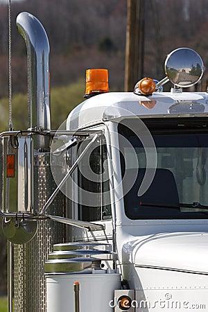 Free Semi Truck Detail Royalty Free Stock Photo - 711265