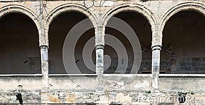 Semicircular arches