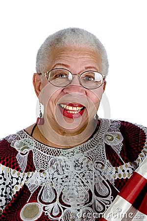 Senhora idosa do americano africano