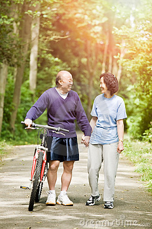 Free Senior Active Asian Couple Royalty Free Stock Photo - 18452915