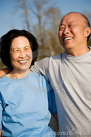 Free Senior Asian Couple Royalty Free Stock Photography - 5150177