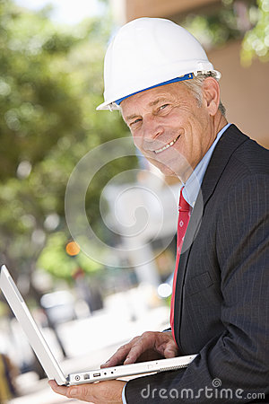 Free Senior Businessman Working On Laptop Stock Images - 29654774