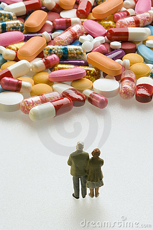Free Senior Couple With Pills Royalty Free Stock Photo - 3878915
