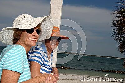 Senior friends tropic vacation