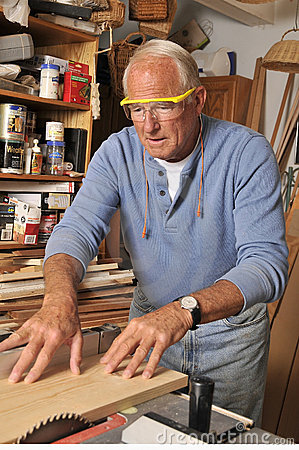 Free Senior Man Carpenter Working With Wood Royalty Free Stock Photos - 20677278