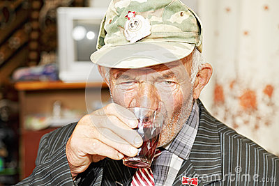 Senior man drinking tea
