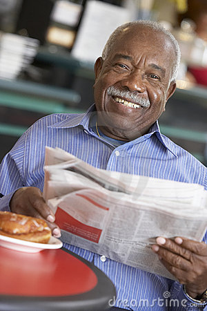 Free Senior Man Having Morning Tea Stock Photo - 9004010