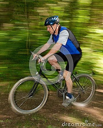 Senior mountainbiking