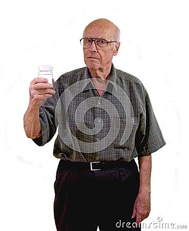 Senior ponders online meds
