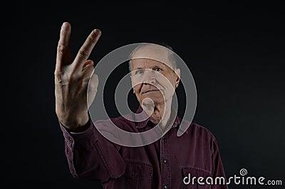 eldre x fingrer meglv